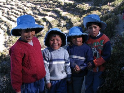 Воспитание и здоровье детей. Боливия - дети.